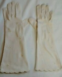 Vintage Van Raalte White Nylon Embroidered Floral Faux Pearl Gloves 7 $17.95
