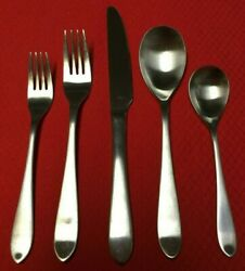 Robert Welch MERIDIAN SATIN Stainless 180 (One 5 Piece Place Setting) 12 Avail.
