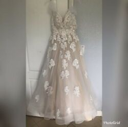 A-line wedding dress Size 4