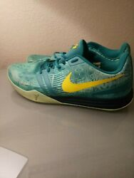 Men's Nike Kobe Mentality Size 12 Teal Green Basketball Shoes Mamba AD