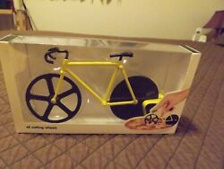 DOIY Fixie Black and Yellow Bicycle Pizza Cutter