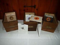 1 BEAUTIFUL CUSTOM 45 RPM RECORD CASE HOLDS UP TO 125 RECORDS + 5 RECORDS LOOK!!