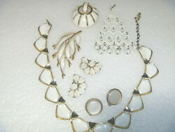 LOT LISNER WHITE THERMOSET ENAMEL COLLAR NECKLACE PINS CLIP EARRINGS VINTAGE
