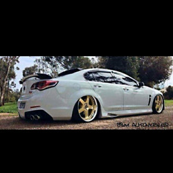 VE Maloo Side Skirts to fit VE Sedans. Brand new ready to paint.