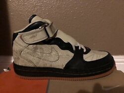 Air Force 1 Mid Inside out Size 11 $270.00