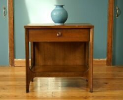 Broyhill Brasilia Nightstand Walnut Mid Century Modern Vintage Table Drawer MCM
