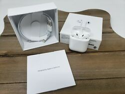 Apple AirPods 2nd Generation with Charging Case White *USED*