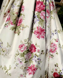 Shabby Chic Roses Bouquet 100%Cotton Fabric. Great Quality. BTY $10.95