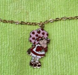 Strawberry Shortcake Necklace 1980 VINTAGE IN PACKAGE $6.95