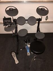 Yamaha DTX400K Electronic Drum Set $200.00