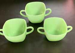 VINTAGE LOT OF 3 FIRE KING GREEN JADEITE WARE DOUBLE C HANDLE SMALL 3quot; CUPS $49.00