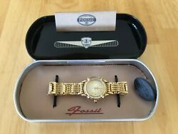 VINTAGE WOMENS FOSSIL WATCH ES4689 WITH CASE NEEDS BATTERY $34.73