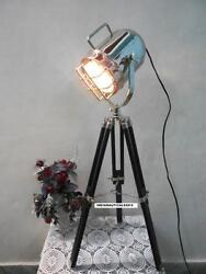 Unique Country#x27;s Style Chrome Finish Contemporary Room Tripod Table Light $89.00