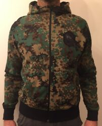 Nike Camouflage Hooded Top Size Medium BNWT