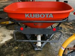 kubota VS 400 fertilizer spreader $1800.00