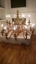 CLASSIC CHANDELIER BRASS 16 LIGHTS WORKING LARGE 42quot; 45quot; WIDE 32quot; TALL GORGEOUS $1300.00