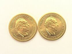 2 1982 Frank Lloyd Wright Commemorative American Arts 1 2 Oz.Gold Coins $2800.00