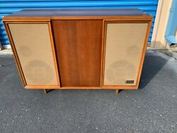 Vintage Mid Century Zenith Record Player Stereo Console WORKS GREAT $1199.00