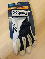 Batting Gloves Reebok Kids White w Red VR6000 Premier II size youth Small $10.00
