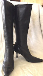 Bloomingdales Womens boots BLACK size 8.5 $17.00