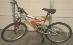56 INCH BICYCLE POWER CLIMBER WITH 18 SPEED MOUNTAIN BIKE SHIP FROM LAS VEGAS $120.00
