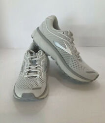 Brooks Ghost 12 Women's Running Shoes ***WORN ONCE INDOORS*** Size 6 $89.00