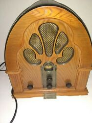 Crosely Reproduction Vintage quot;Cathedralquot; AM FM Radio and Cassette Player CR 32 $39.99