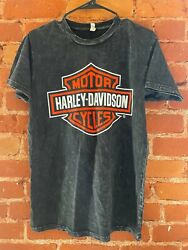 Officially Licensed Harley Davidson vintage T SHIRT $16.99