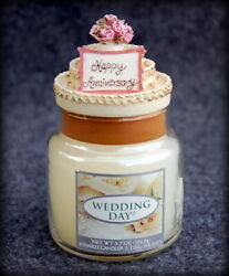 Small YANKEE Candle WEDDING DAY w Happy Anniversary Cake Topper $17.95