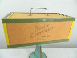 Vintage Oberlin Canteen Ohio Fishing Live Bait Box Container Cork Handle Latches $69.99
