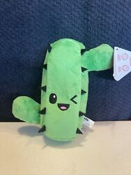 Bark Dog Toy Garcia the Cactus for M L Dogs NWT D8 $19.99