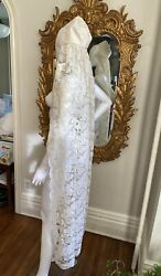 Vintage FLOOR LENGTH WHITE HEAVY LACE EMBROIDERED HEADPIECE WEDDING VEIL 1960s $89.99