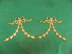 Vintage brass leaf ribbon bow wall hanging. MCM Accent decor. Lot of 2 1 pair . $29.99