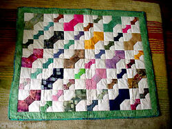BOW TIE QUILTFABRIC WALL ARTQuiltedPatchedHOME SWEET HOMECOUNTRYLIVING