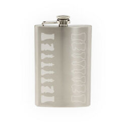 Chess Icon Champion Back Row Set Solid Piece Silhouette 8 oz etched flask $17.99