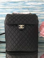NWT CHANEL 2017 URBAN SPIRIT LARGE BACKPACK LIGHT GOLD HARDWARE WITH RECEIPT
