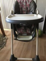 GRACO HIGH CHAIR 3 in 1 flowers pattern LOCAL PICK UP ONLY TracyCA $30.00