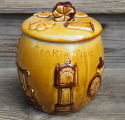 Vintage Kitchen Theme All Over Cookie Time Jar Colonial Designs $39.99