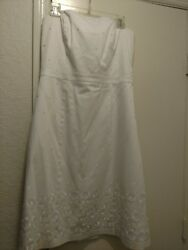 White little dress strapless beautiful design The limited Size 10 $12.00