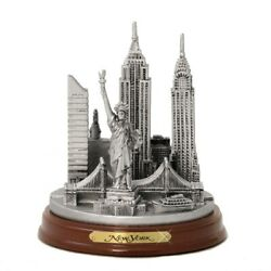 Wooden Base Silver New York City Model 4.5 Inch Souvenirs