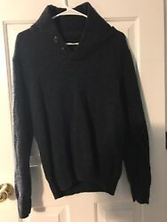 USED BUT GREAT CONDITION: Jcrew Mens Lambs Wool Navy Sweater