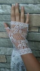 Fingerless Lace Gloves White XS petite $3.00