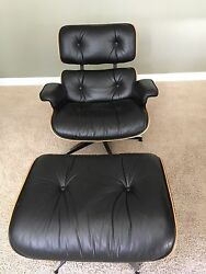 Rare Vintage Herman Miller Classic Eames Lounge Chair with Brazilian Rosewood.