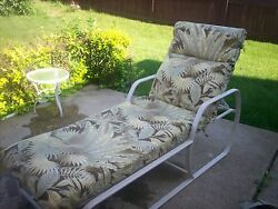9pc Cushion Patio Set (6 chair 1 chase 1 swingbench) w matching 9ft umbrella