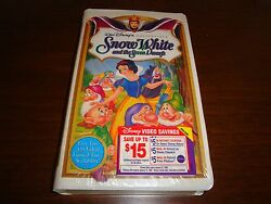 Disney Snow White and the Seven Dwarfs 1994 VHS Masterpiece Collection Clamshell