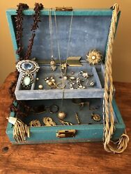 Vintage Lot of Jewelry In Jewelry Box Necklaces Brooches Earrings Pearls Crafts