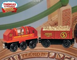 THOMAS amp; FRIENDS WOODEN RAILWAY GOLD PROSPECTOR CARS 2006 NEW IN BOX $34.99