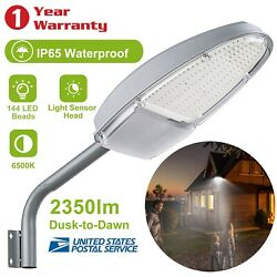 Outdoor Dusk to Dawn Sensor LED Street Light 2350LM Security Waterproof Lighting $33.89