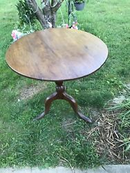 Antique Table Tilt Top Tea Queen Anne Style Walnut or Mahogany 1800#x27;s $130.00