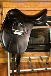 Paris Tack Dressage saddle 18 inch seat medium includes stirrups and leathers $185.00